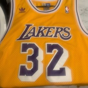 Los Angeles Lakers Magic Johnson Throwback jersey